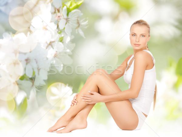 Foto stock: Bela · mulher · algodão · roupa · interior · tocante · pernas · pessoas