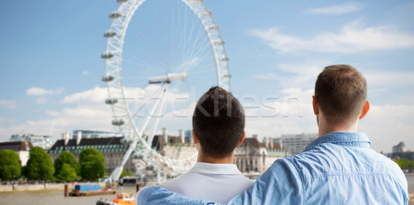Közelkép férfi homoszexuális pár néz London Stock fotó © dolgachov
