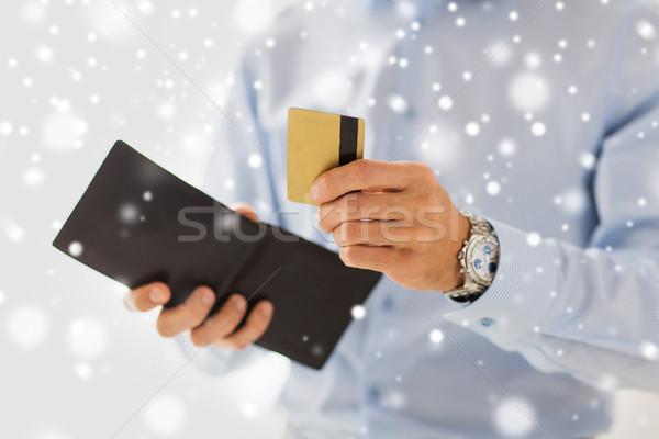 Adam cüzdan kredi kartı insanlar Stok fotoğraf © dolgachov