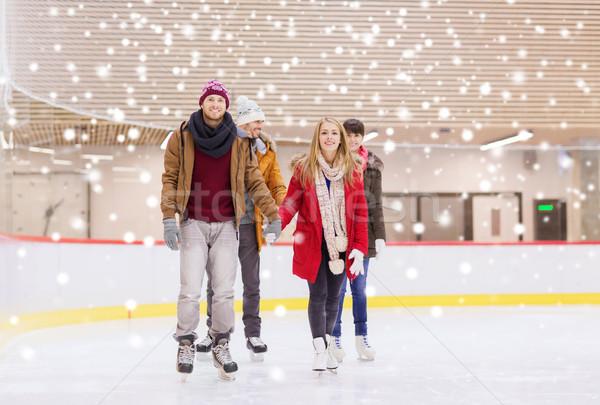 счастливым друзей катание люди дружбы Сток-фото © dolgachov