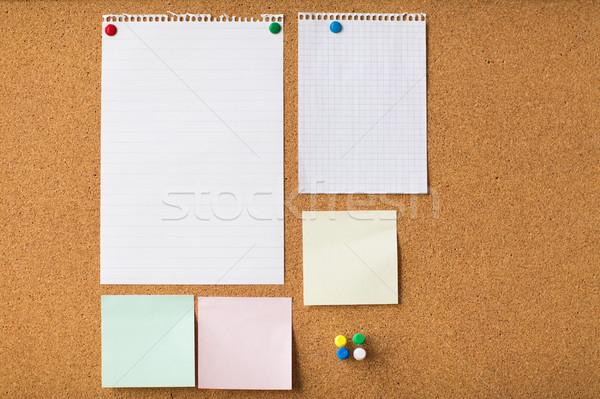 Közelkép matricák papír parafa tábla üzlet információ Stock fotó © dolgachov