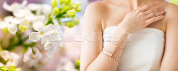 Bella donna anello bracciale glamour bellezza Foto d'archivio © dolgachov