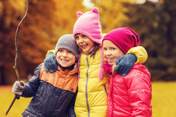 グループ 幸せ 子供 秋 公園 ストックフォト © dolgachov