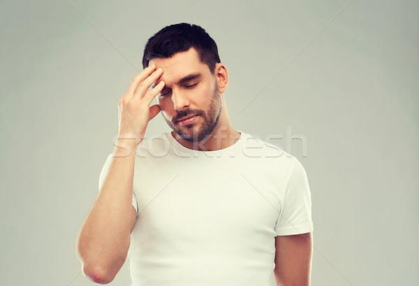 Jonge man lijden hoofdpijn gezondheidszorg pijn stress Stockfoto © dolgachov