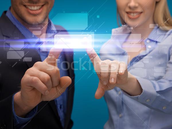 Сток-фото: человека · женщину · рук · указывая · виртуальный · экране