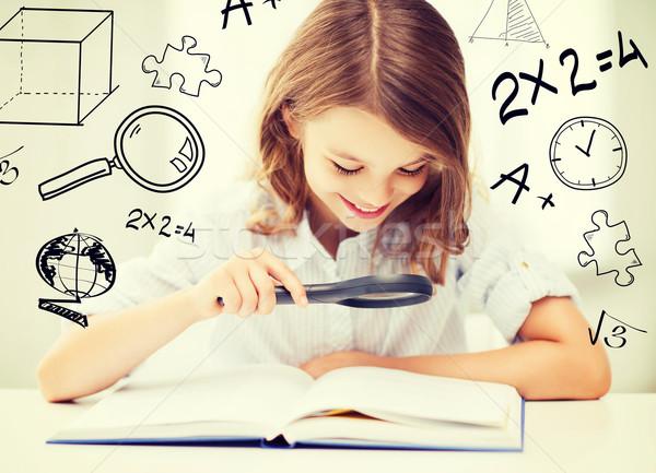 ストックフォト: 少女 · 読む · 図書 · 学校 · 教育