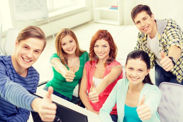 Zdjęcia stock: Grupy · uśmiechnięty · studentów · edukacji