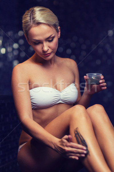 Foto stock: Bela · mulher · lama · estância · termal · pessoas
