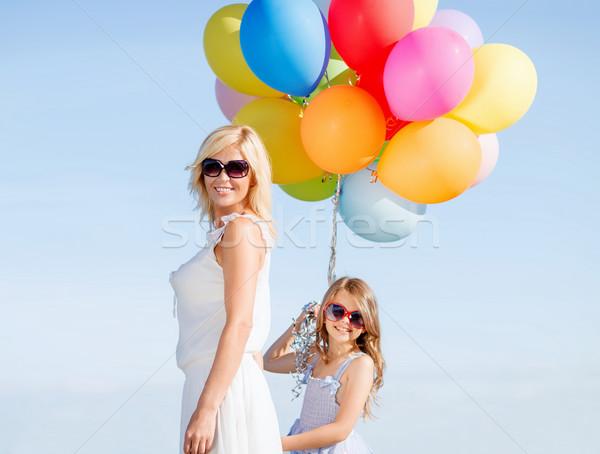Moeder kind kleurrijk ballonnen zomer vakantie Stockfoto © dolgachov