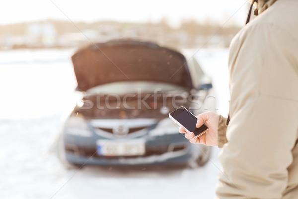 Photo stock: Homme · voiture · cassée · smartphone · transport · hiver