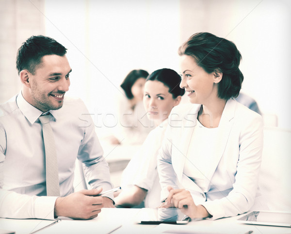 коллеги говорить служба фотография бизнеса компьютер Сток-фото © dolgachov