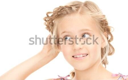 Chismes brillante Foto nina escuchar noticias Foto stock © dolgachov