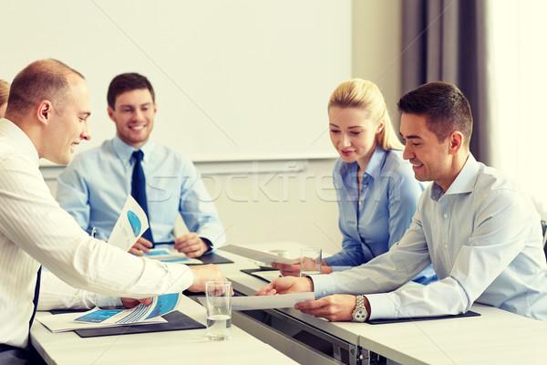 ビジネスの方々  論文 会議 オフィス チームワーク 笑みを浮かべて ストックフォト © dolgachov