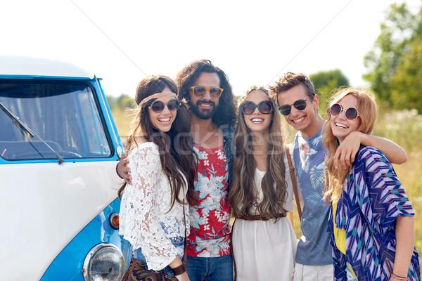 Sorridere giovani hippie amici auto Foto d'archivio © dolgachov