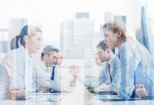 Uśmiechnięty ludzi biznesu konflikt biuro kryzys konfrontacja Zdjęcia stock © dolgachov