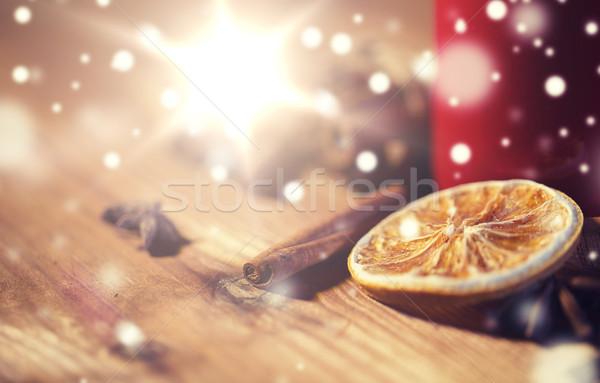 Cynamonu anyż suszy pomarańczowy christmas Zdjęcia stock © dolgachov