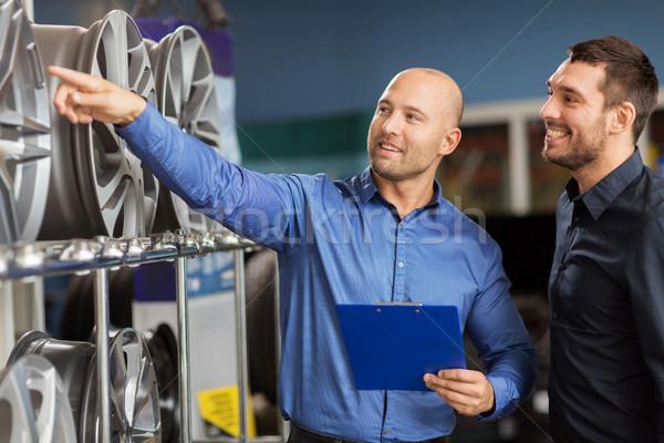 Cliente vendedor coche servicio auto tienda Foto stock © dolgachov
