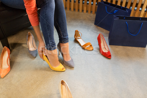 Fiatal nő cipők bolt vásár vásárlás divat Stock fotó © dolgachov