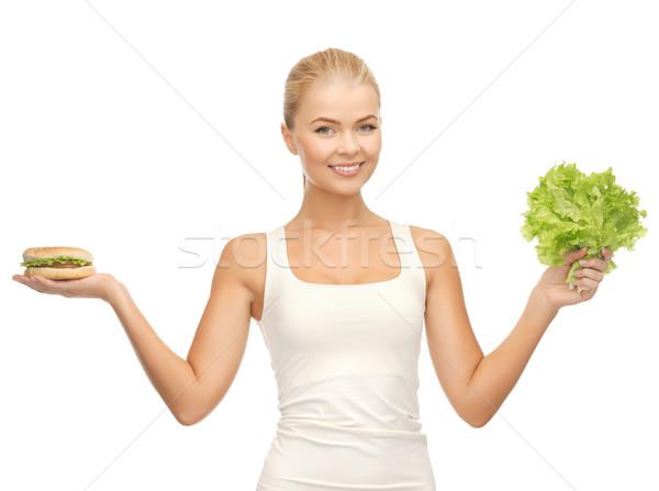 Donna verde lattuga hamburger foto Foto d'archivio © dolgachov