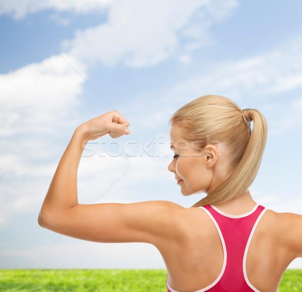 ストックフォト: スポーティー · 女性 · 上腕二頭筋 · フィットネス · 医療