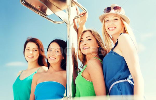 Foto stock: Ninas · barco · yate · verano · vacaciones · vacaciones