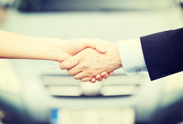 клиентов продавцом рукопожатием транспорт бизнеса торговых Сток-фото © dolgachov