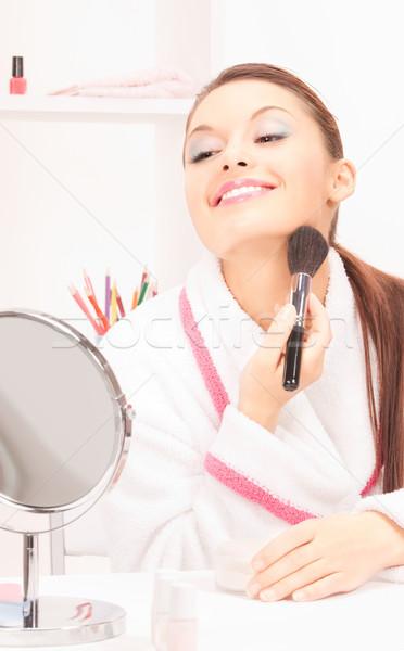 Nő ecset tükör kép boldog szoba Stock fotó © dolgachov