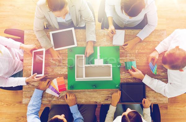 ビジネスチーム プロジェクト レイアウト ビジネスの方々  チームワーク ストックフォト © dolgachov