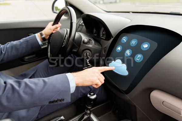 Foto stock: Hombre · conducción · coche · menú · ordenador