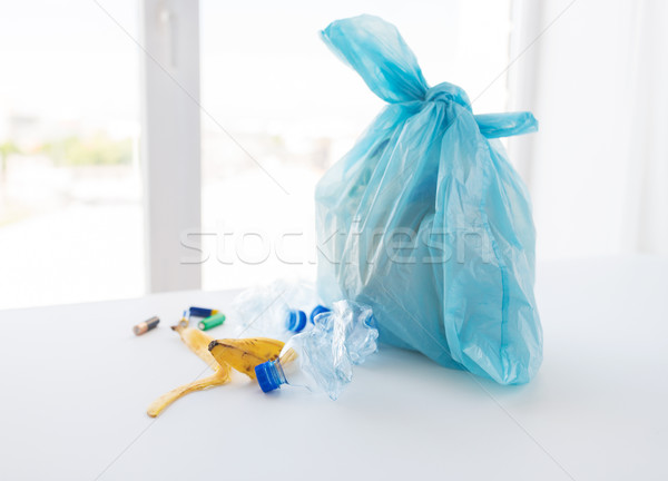 袋 ゴミ ホーム 廃棄物 ストックフォト © dolgachov