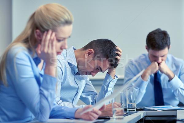 Oameni de afaceri problema birou afaceri munca în echipă oameni Imagine de stoc © dolgachov