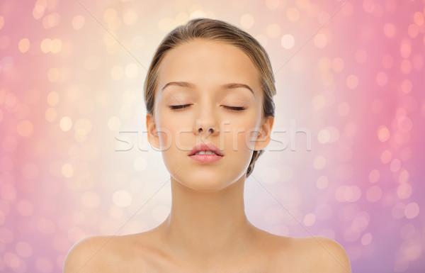 Mulher jovem cara ombros beleza pessoas saúde Foto stock © dolgachov