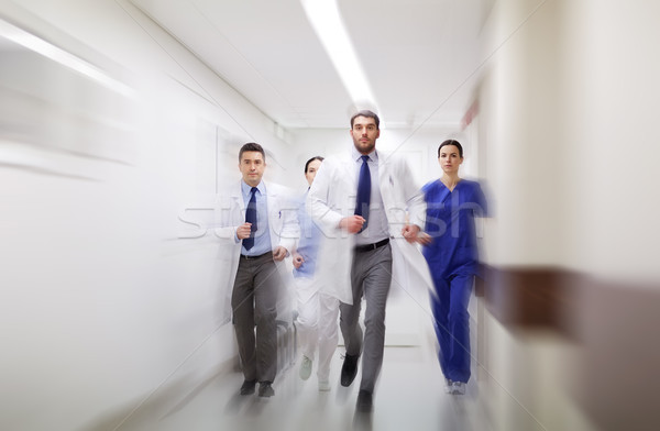 グループ 徒歩 病院 人 薬 ストックフォト © dolgachov