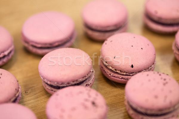 Macarons tabeli wyroby cukiernicze piekarni gotowania Zdjęcia stock © dolgachov