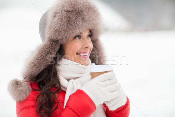Boldog nő tél szőr kalap kávé Stock fotó © dolgachov