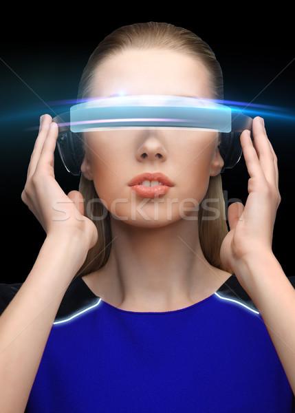 Kadın sanal gerçeklik 3d gözlük siyah bilim Stok fotoğraf © dolgachov