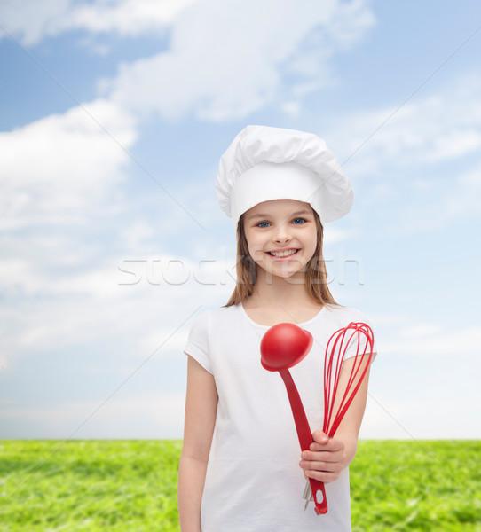 Photo stock: Souriant · fille · Cook · chapeau · louche · fouet