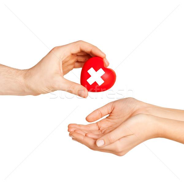 ストックフォト: 手 · 中心 · 赤十字 · シンボル · 医療 · チャリティー