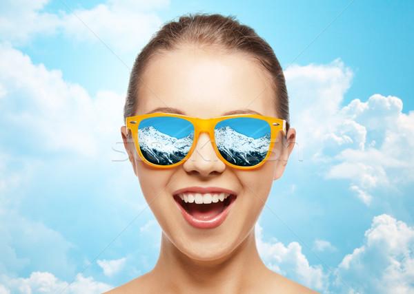 Cara feliz gafas de sol viaje turismo invierno Foto stock © dolgachov