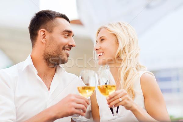 幸せ カップル 眼鏡 レストラン ラウンジ 愛 ストックフォト © dolgachov