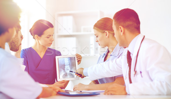 Grup doktorlar xray klinik meslek Stok fotoğraf © dolgachov