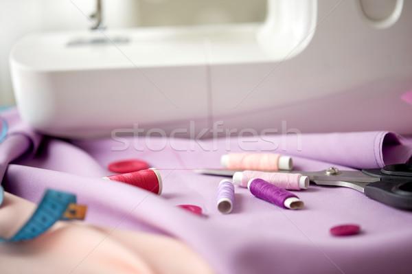 Macchina da cucire forbici pulsanti tessuto cucito tecnologia Foto d'archivio © dolgachov