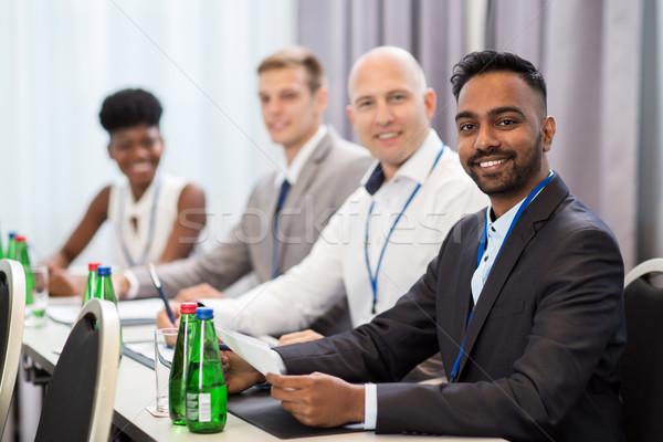 Gelukkig business team internationale conferentie business onderwijs Stockfoto © dolgachov