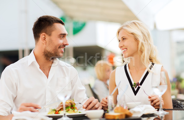 Photo stock: Heureux · couple · manger · dîner · restaurant · terrasse