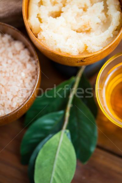 Közelkép test bozót fából készült tál szépségszalon Stock fotó © dolgachov