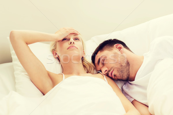 Couple dormir lit maison personnes famille Photo stock © dolgachov
