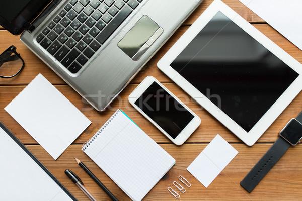 Laptop educação negócio Foto stock © dolgachov