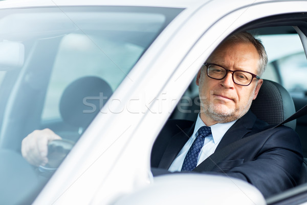 Boldog idős üzletember vezetés autó szállítás Stock fotó © dolgachov