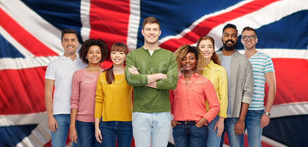 Csoport nemzetközi emberek angol zászló diverzitás verseny Stock fotó © dolgachov