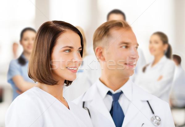 Dwa lekarzy opieki zdrowotnej medycznych kobieta edukacji Zdjęcia stock © dolgachov